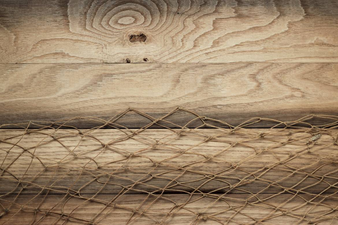 wooden-background-texture-and-fishing-net.jpg